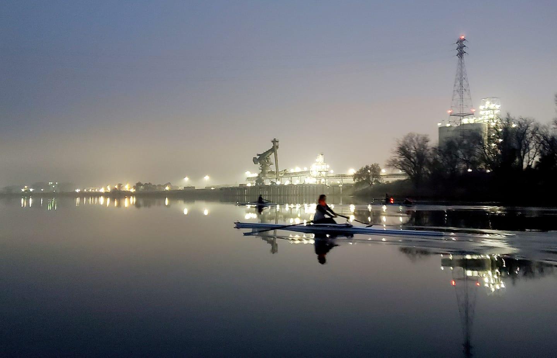 night row womens single scull