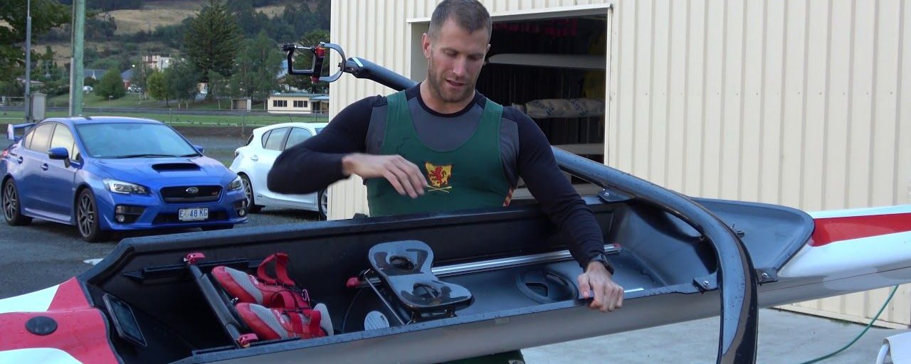 How to carry a single scull